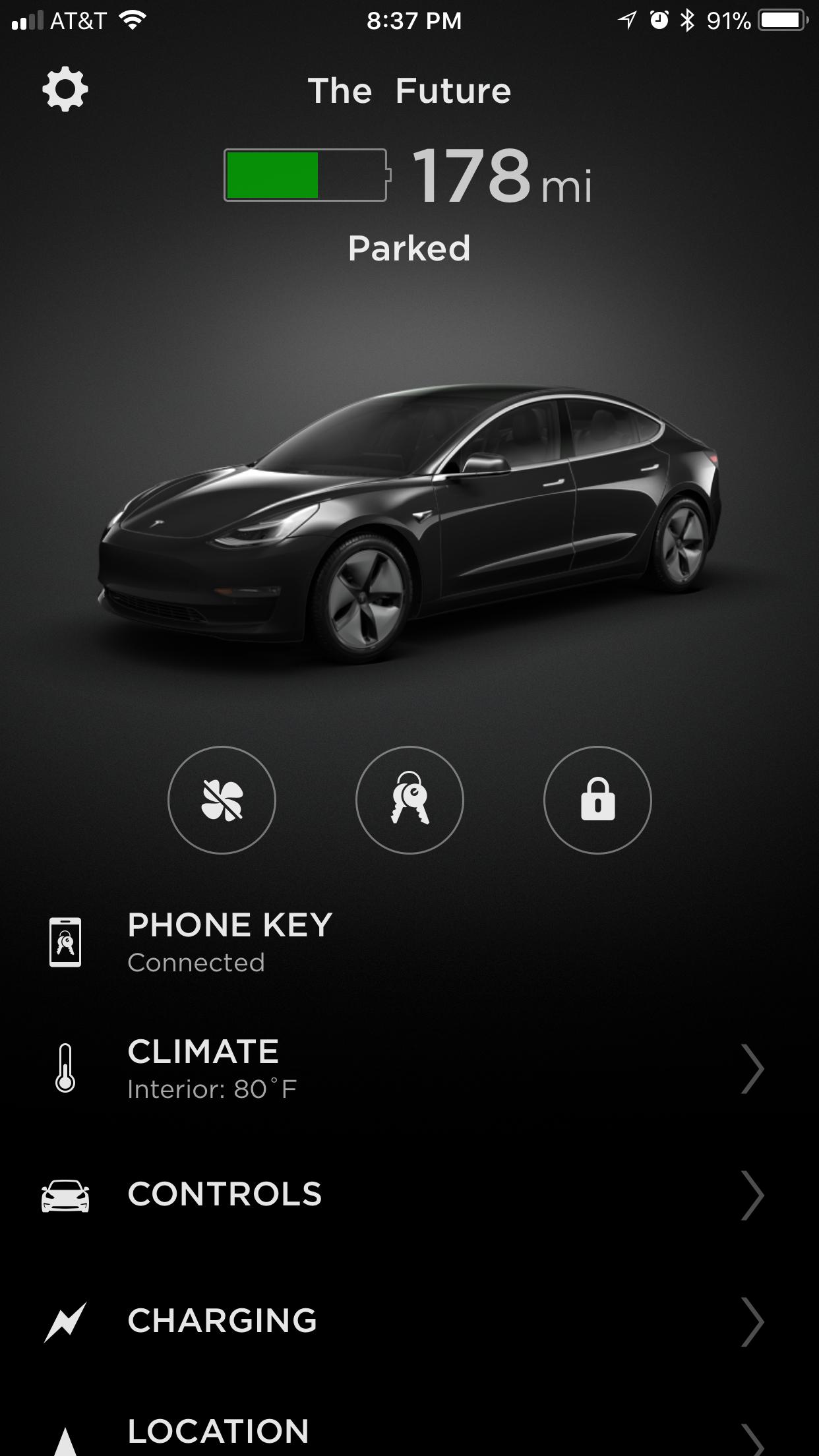 TeslaAppFirstScreen